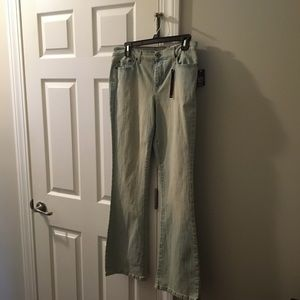 nwts  size8 stretch  lightwash jeans